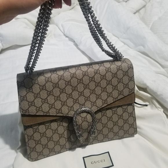 Gucci Handbags - Gucci dionysus shoulder bag (preowned)